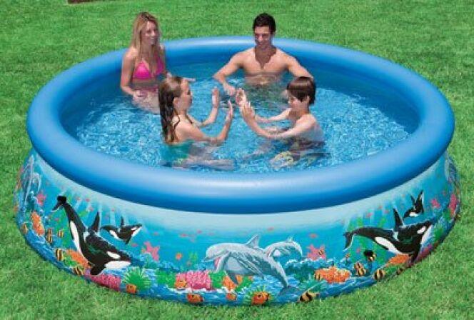 "Intex est une marque reconnue de piscine autoportante.<span class=""normal italic petit"">© Intex</span>"