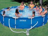 Piscine Intex Frame : une piscine tubulaire résistante
