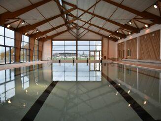 Bassin sportif intérieur