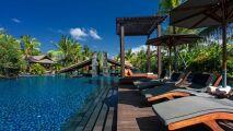 Une magnifique piscine lagon dans cet hôtel de Bali