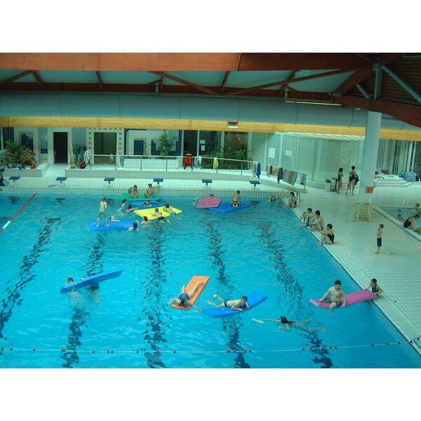 Piscine le cap 39 orne l 39 aigle horaires tarifs et photos for Clamart piscine