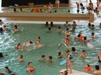 La piscine Le Dôme à Laon est habituée à accueillir petits et grands.