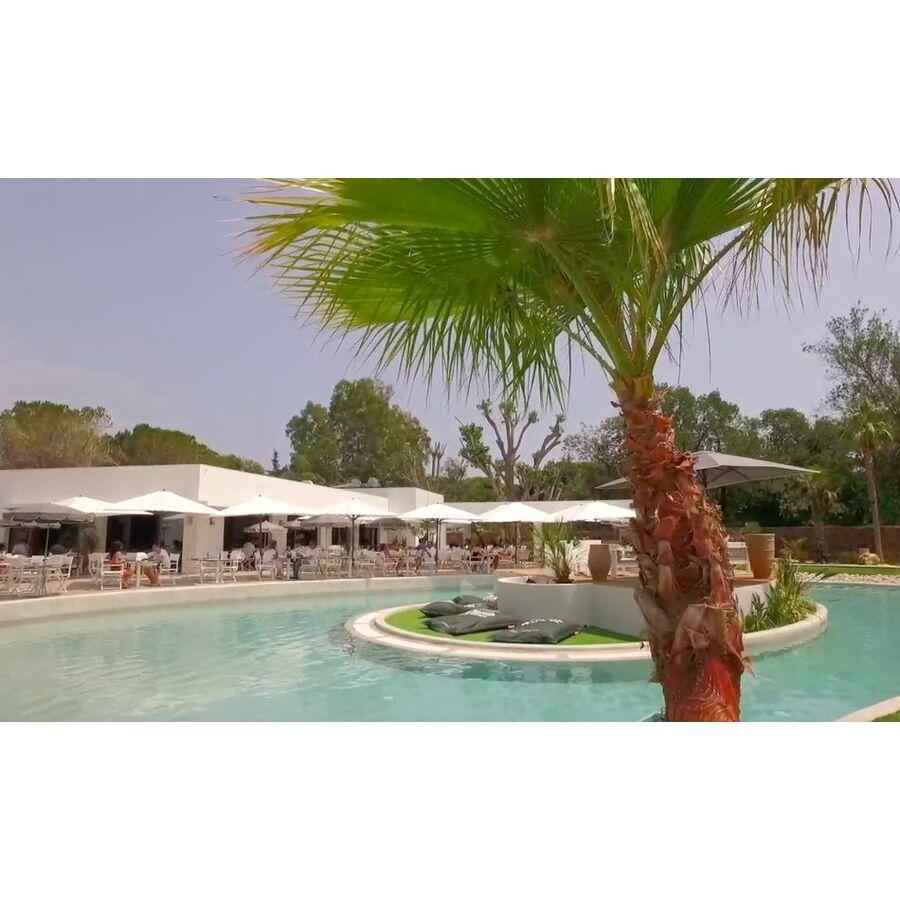 piscine le lagon mandelieu la napoule horaires tarifs. Black Bedroom Furniture Sets. Home Design Ideas