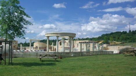 Piscine Lud'o Parc à Nerac : vue extérieure