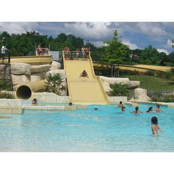 piscine lud 39 o parc nerac horaires tarifs et photos guide. Black Bedroom Furniture Sets. Home Design Ideas