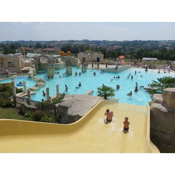 Piscine lud 39 o parc nerac horaires tarifs et photos for Horaire piscine les herbiers