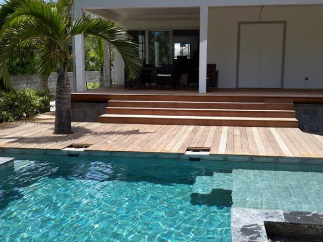 Reportage photos piscines bien tre allier sport et for Equipement piscine beton