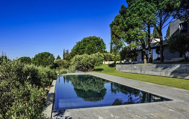 Piscine miroir Steel and Style © Steel and Style