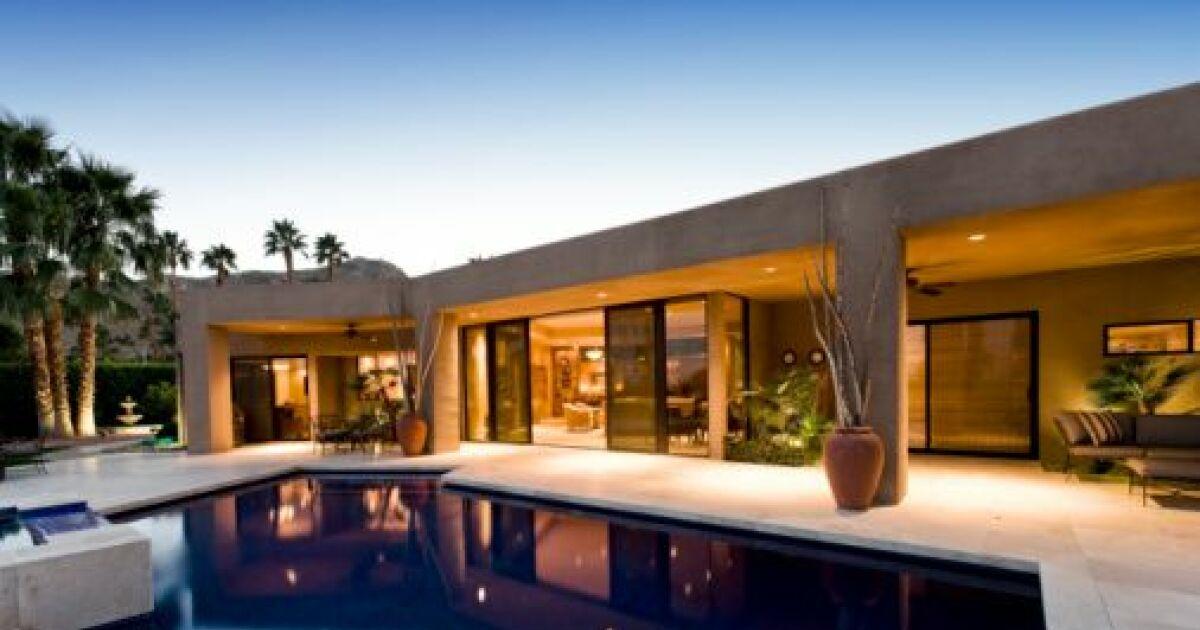 La piscine miroir un effet saisissant sur votre terrasse for Piscine a debordement effet miroir