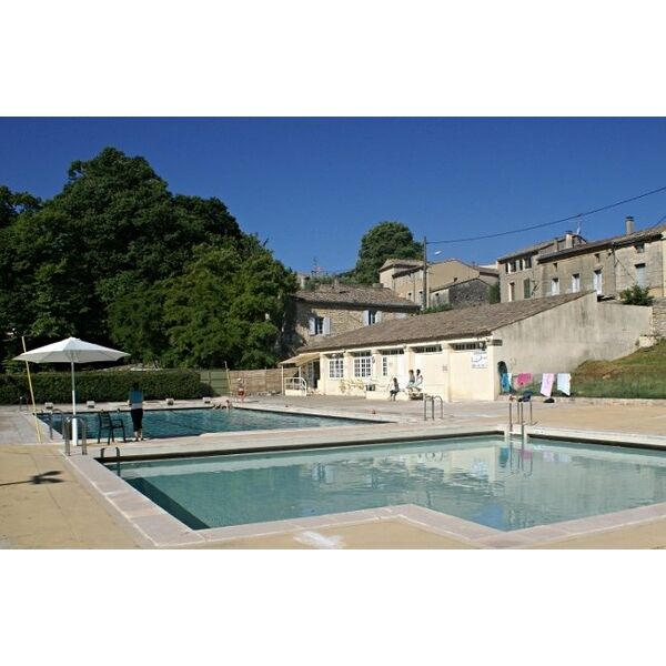 Piscine uzes horaires tarifs et photos guide for Piscine depot uzes