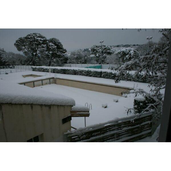 Piscine uzes horaires tarifs et photos guide - Horaire piscine petit port ...