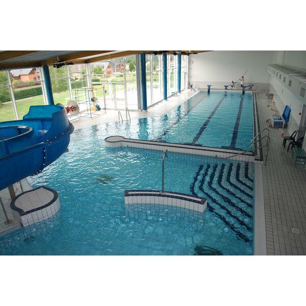 Piscine vireux wallerand horaires tarifs et photos for Horaire piscine les herbiers