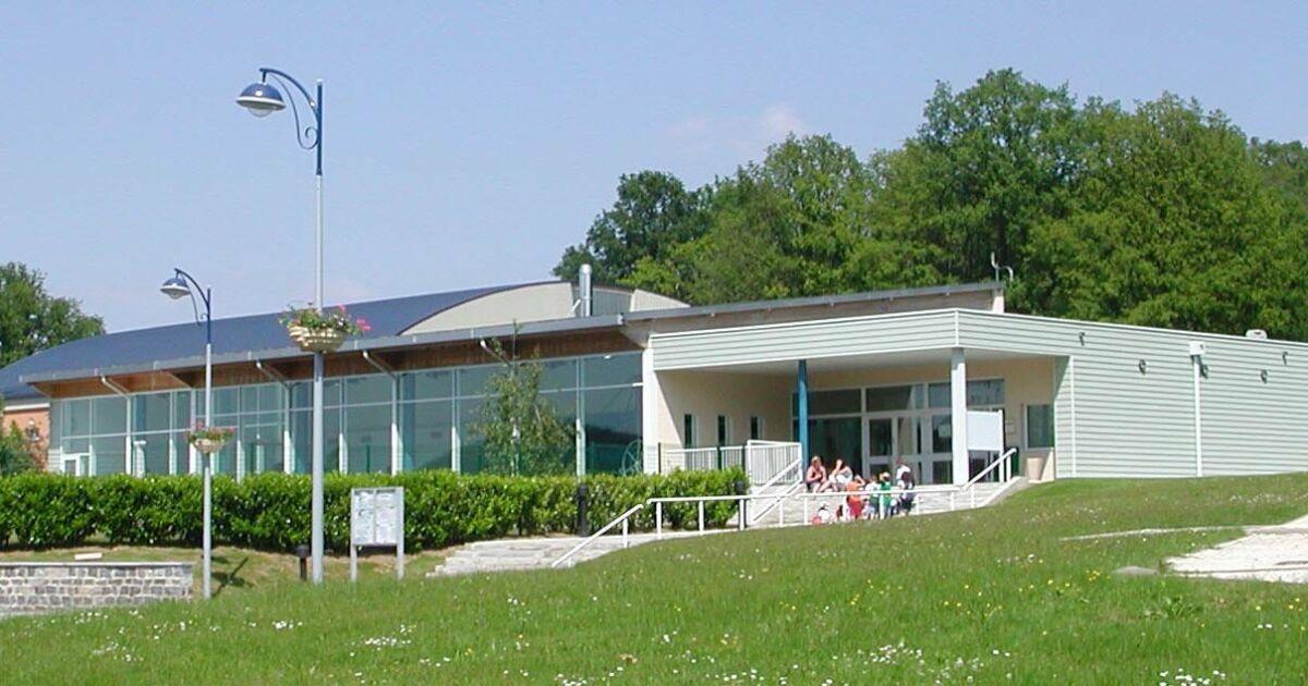 Photos de piscine municipale ronde couture charleville for Centre claude robillard piscine