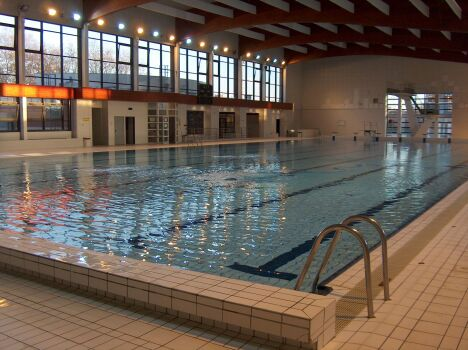 "Piscine olympique à Chalons en Champagne  <span class=""normal italic"">DR</span>"