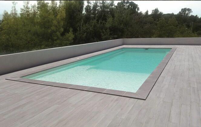 Modèle de piscine Plaisance Plage © Piscines Groupe G.A