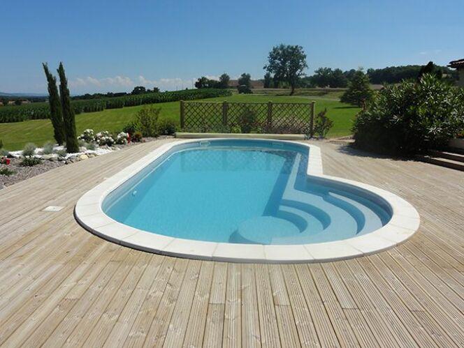 G n ration piscine lance la piscine port cros for Piscine petit port