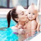 Piscine privée et aménagements pour bébés et enfants en bas âge