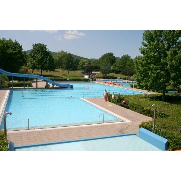 Piscine rebmeerbad bad bergzabern horaires tarifs et - Prix d une piscine couverte ...