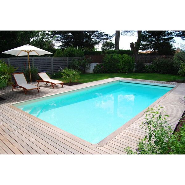 La piscine rectangulaire une forme classique et design for Piscine demontable rectangulaire