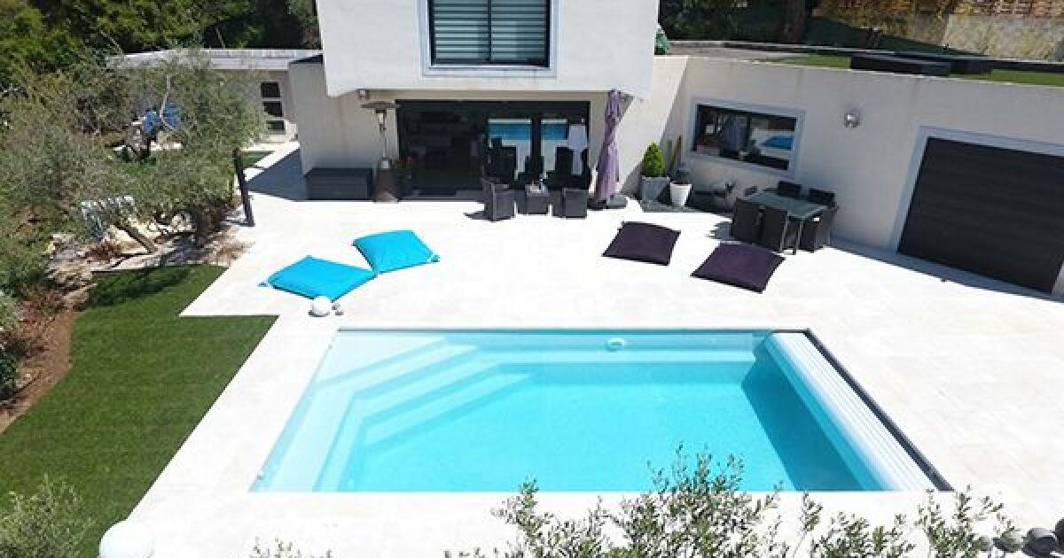 piscine rectangulaire alliance piscines piscine enterr e alliance piscines. Black Bedroom Furniture Sets. Home Design Ideas
