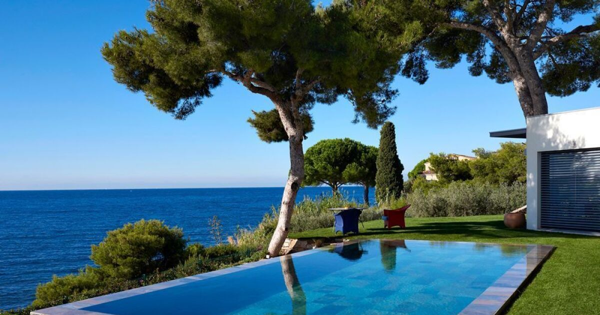 piscine rectangulaire carr bleu piscine enterr e piscines carr bleu. Black Bedroom Furniture Sets. Home Design Ideas