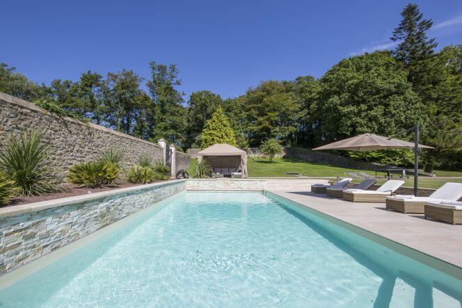 Piscine rectangulaire contemporaine Caron Piscines, piscine enterrée ...