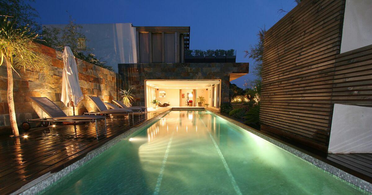 les 27 piscines prim es aux troph es de la piscine 2015 piscine rectangulaire diffazur. Black Bedroom Furniture Sets. Home Design Ideas