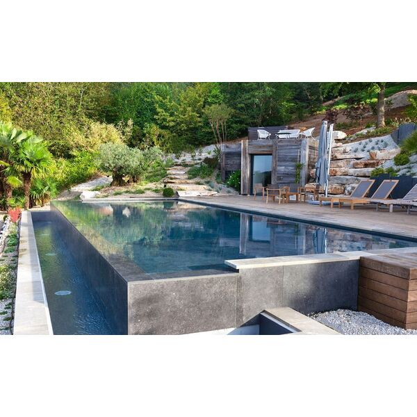 piscine rectangulaire l 39 esprit piscine piscine enterr e l 39 esprit piscine. Black Bedroom Furniture Sets. Home Design Ideas