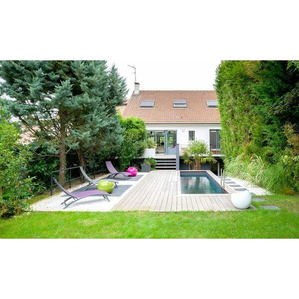piscine rectangulaire citadine par l 39 esprit piscine piscine enterr e l 39 esprit piscine. Black Bedroom Furniture Sets. Home Design Ideas
