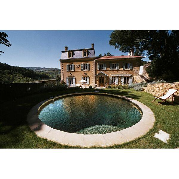 piscine ronde carr bleu. Black Bedroom Furniture Sets. Home Design Ideas