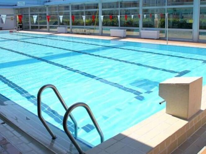Piscine saint roch nice horaires tarifs et t l phone for Piscine nice