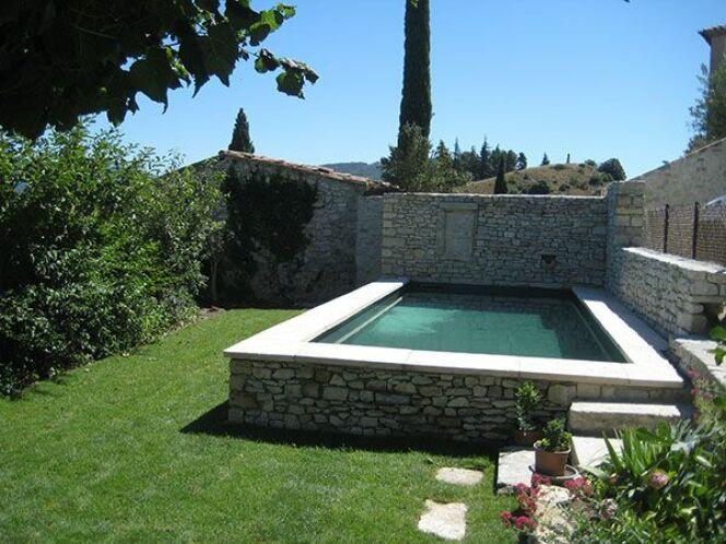 Photos de piscines semi enterr es piscine semi enterr e for Local piscine semi enterree