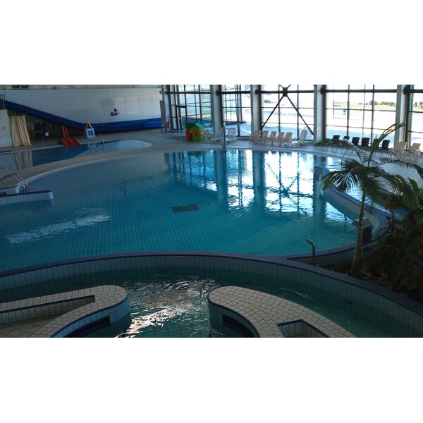 Piscine spadiumparc de brest le relecq kerhuon for Horaires piscine saint lo