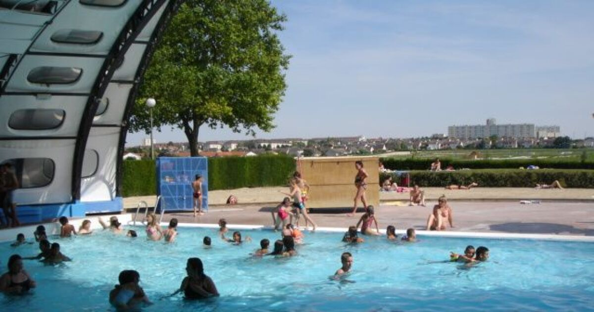 Piscine tournesol fagni res horaires tarifs et photos for Piscine tournesol