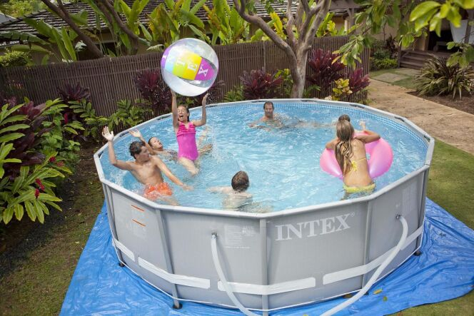 Piscine tubulaire Intex, modèle Ultra Frame