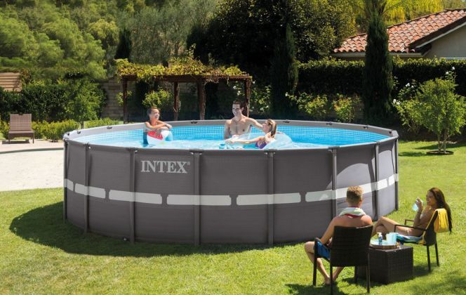 Piscine tubulaire ronde Ultra Frame © Intex