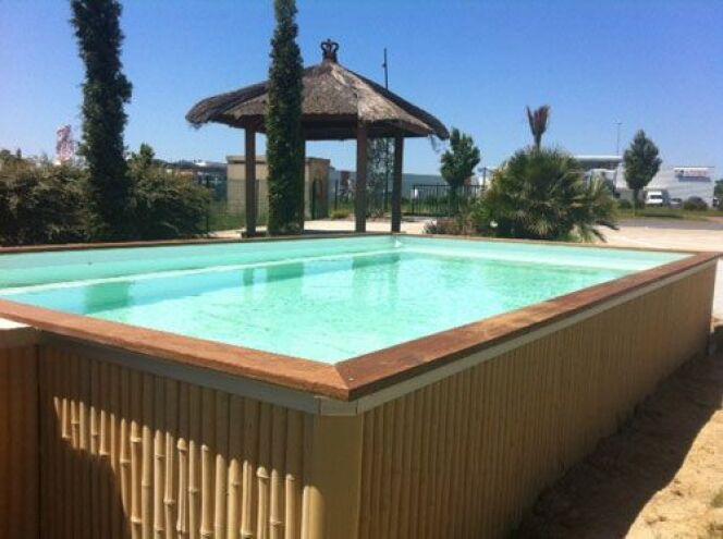 les plus belles photos de piscines bois hors sol semi enterr e ou enterr e piscine zendo. Black Bedroom Furniture Sets. Home Design Ideas