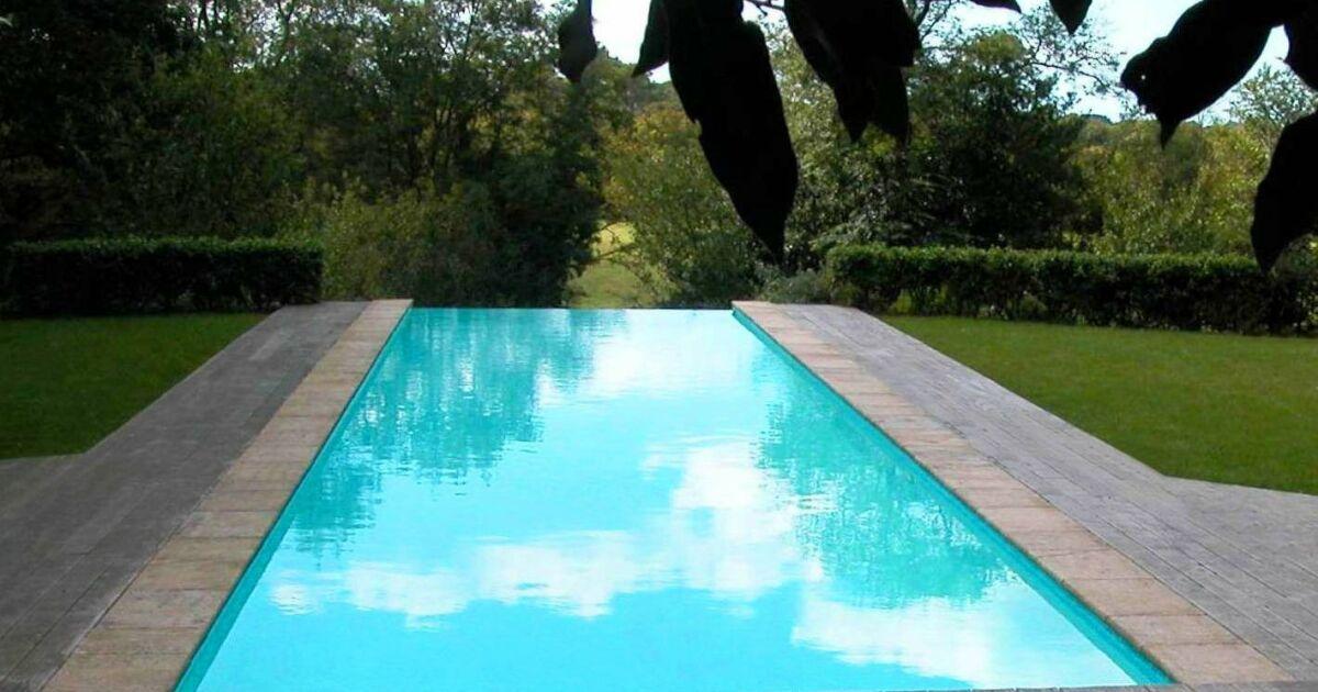 Piscine d bordement par l 39 esprit piscine for Piscine catalogue