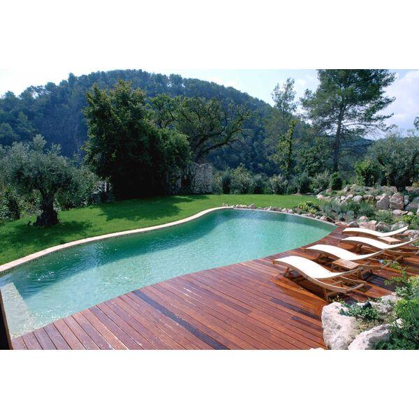Piscine d bordement par l 39 esprit piscine for Piscine avec solarium