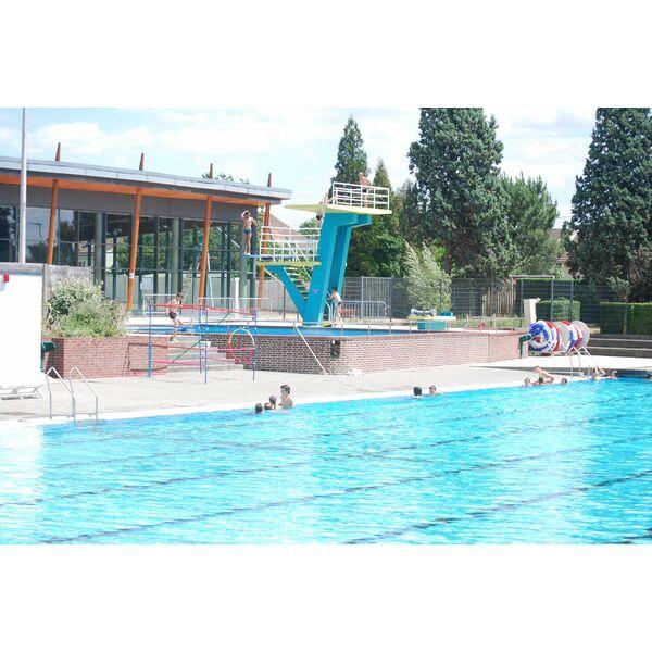 Centre aquatique piscine notre dame de gravenchon - Piscine de la durantiere ...
