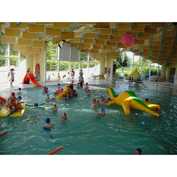 Piscine chemin vert caen horaires tarifs et photos for Carpiquet piscine