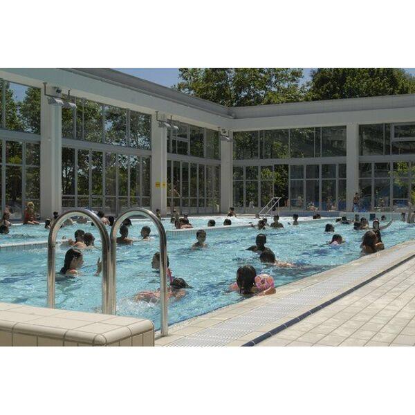 Piscine de caluire et cuire horaires tarifs et t l phone for Caluire piscine