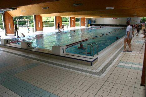 """Piscine de Morsang-sur-Orge : le bassin de natation<span class=""""normal italic petit"""">© Communauté d'agglomération du Val d'Orge.</span>"""