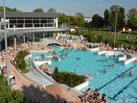 Piscine de rixheim habsheim centre nautique le napol on for Piscine ribeauville spa