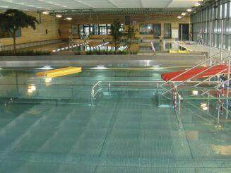 Le bassin ludique de la piscine de Ste Anne sur Brivet