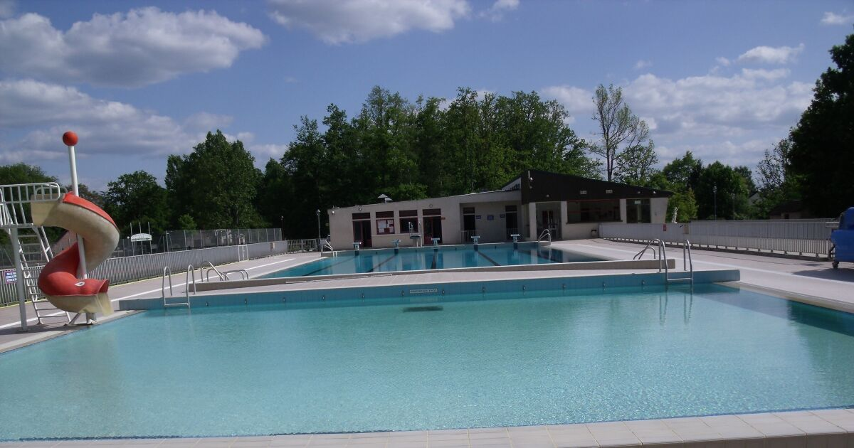 Avis et commentaires piscine du parc cauchoix nouan le - Piscine de la durantiere ...
