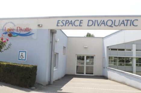 "Piscine intercommunale à Le Loroux Bottereau  <span class=""normal italic petit"">DR</span>"