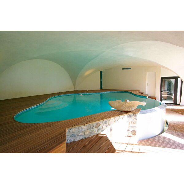 La piscine int rieure par diffazur for Piscine bois interieur