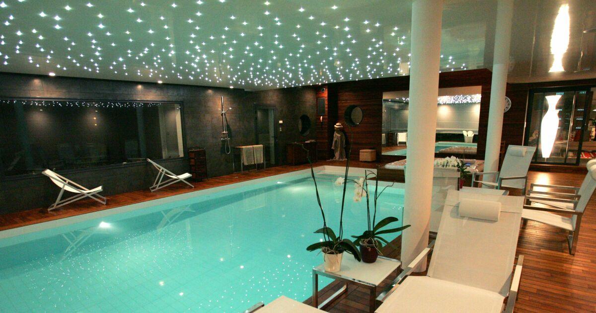Photos des plus belles piscines int rieures pour nager for Piscine d interieur miroir