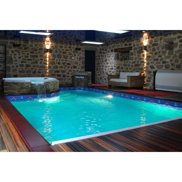 La piscine intu00e9rieure par Lu0026#39;Esprit Piscine